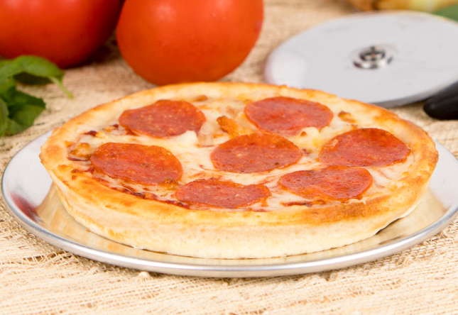 Personal Microwavable Pepperoni Pizza - Product Shot 1